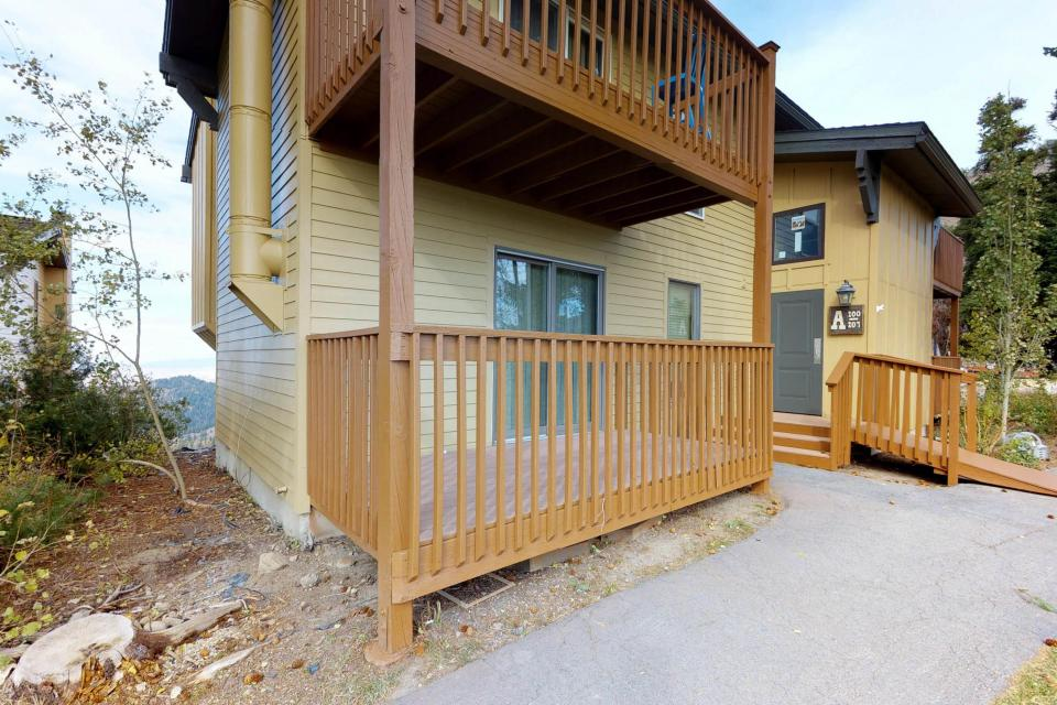 The Pineview (204 A) - Boise Vacation Rental - Photo 2