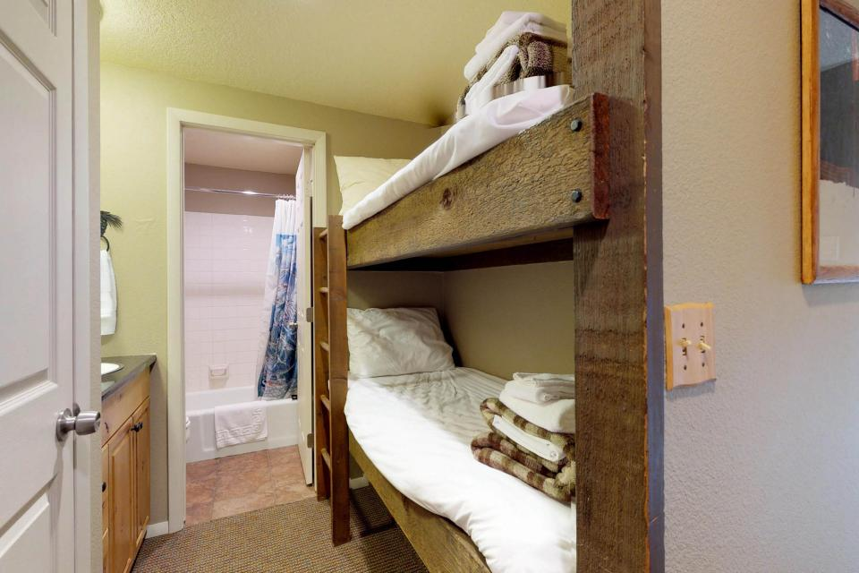 The Pineview (204 A) - Boise Vacation Rental - Photo 20