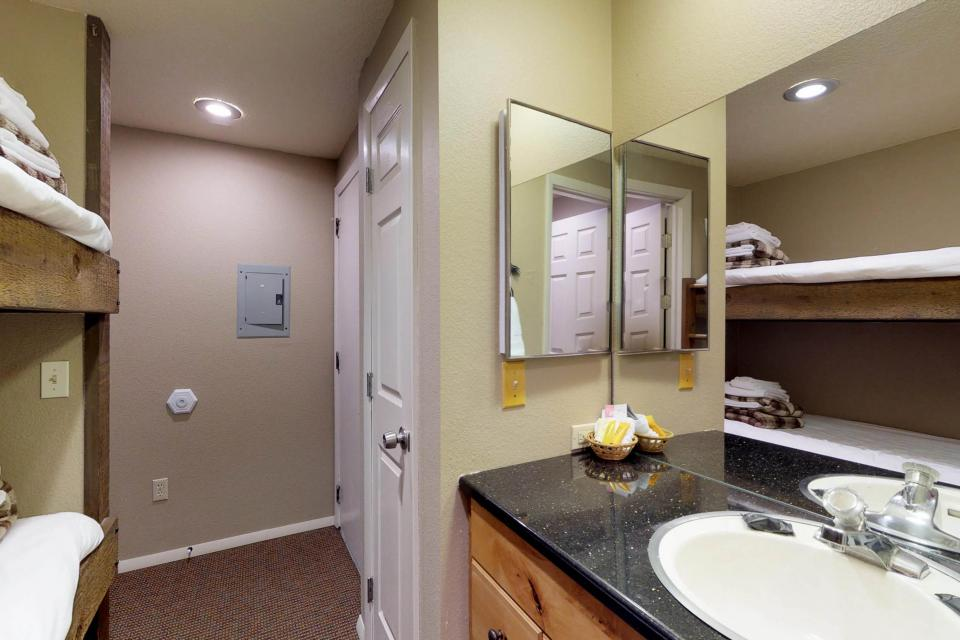 The Pineview (204 A) - Boise Vacation Rental - Photo 19