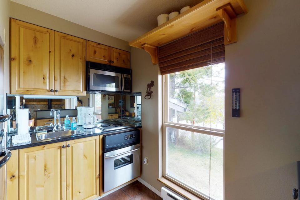 The Pineview (204 A) - Boise Vacation Rental - Photo 7