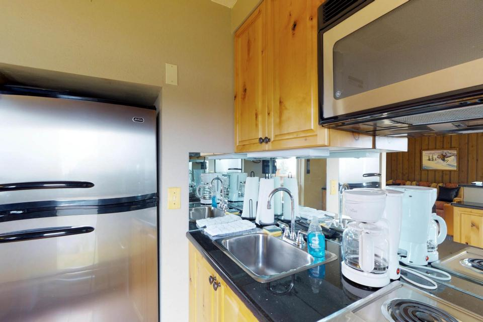 The Pineview (204 A) - Boise Vacation Rental - Photo 9
