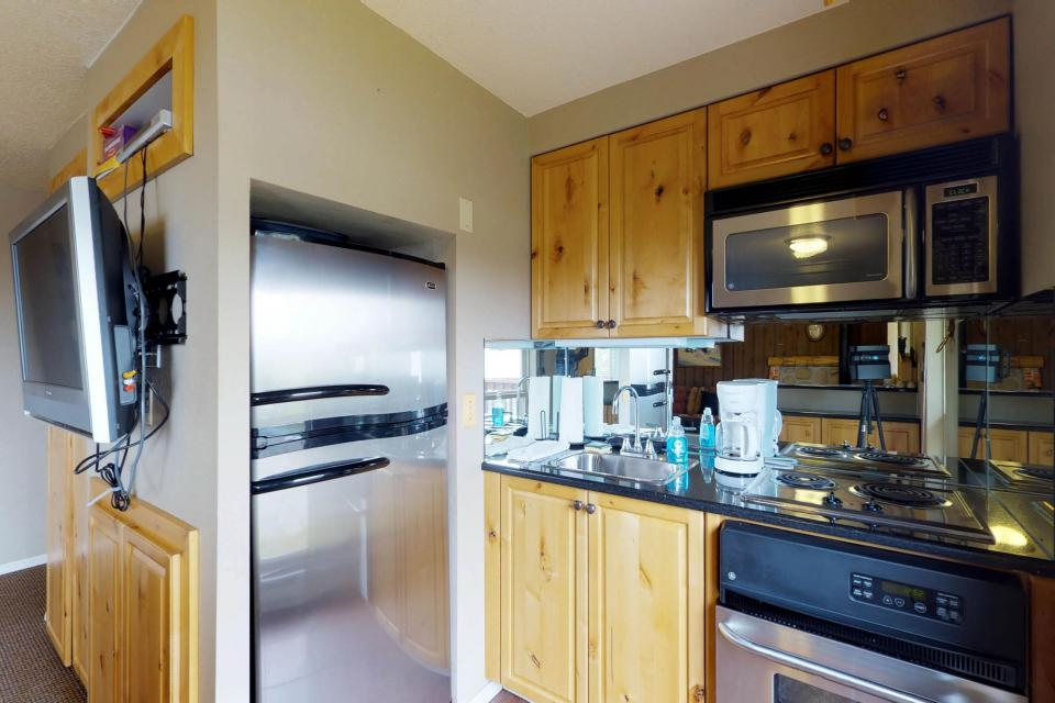 The Pineview (204 A) - Boise Vacation Rental - Photo 14