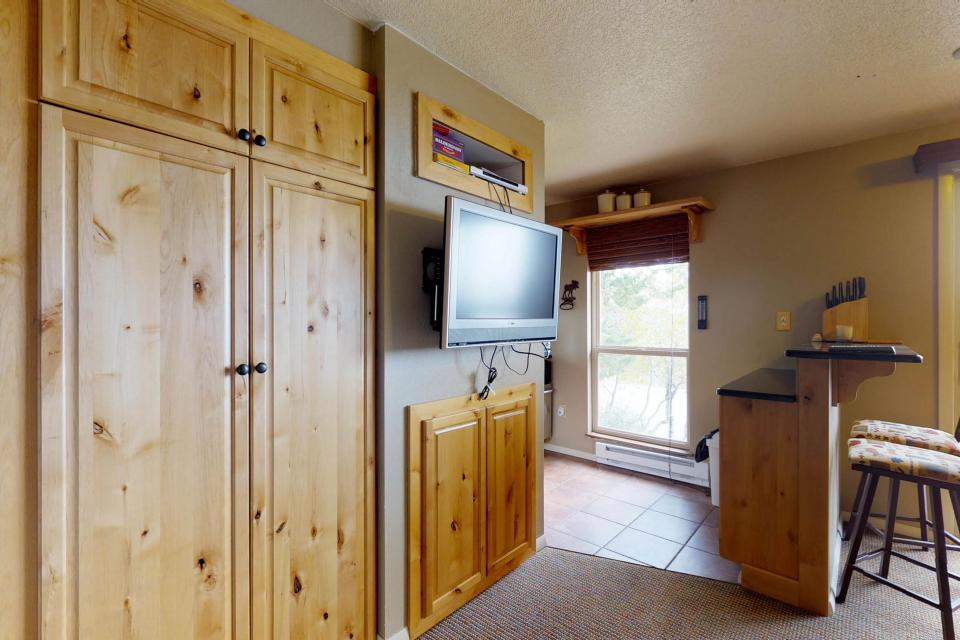 The Pineview (204 A) - Boise Vacation Rental - Photo 10