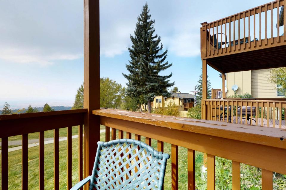 Shaffer Butte View (216C) - Boise Vacation Rental - Photo 2