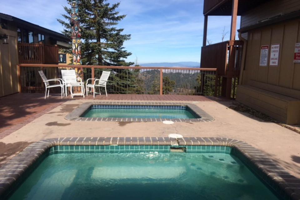 Peak Relaxation (238 E) - Boise Vacation Rental - Photo 15