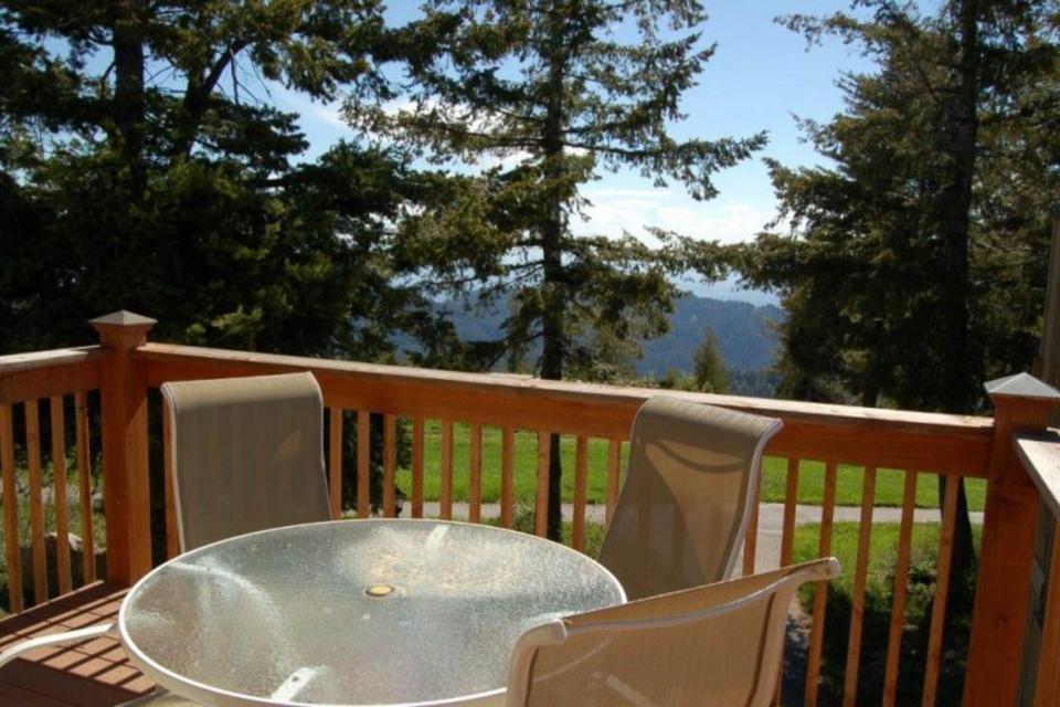 Peak Relaxation (238 E) - Boise Vacation Rental - Photo 12