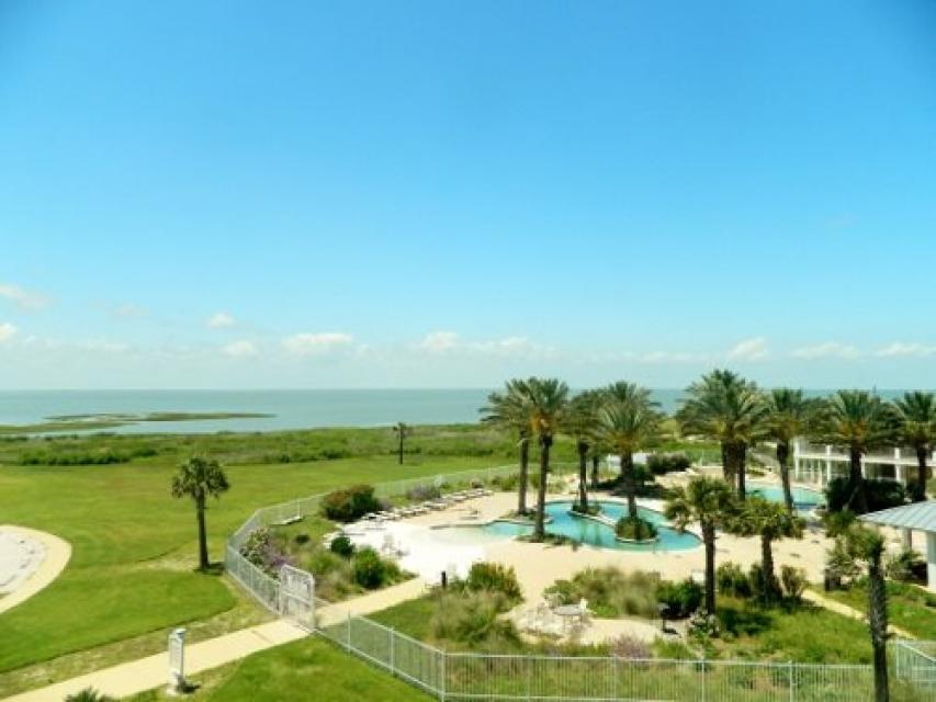 Beach Retreat - Galveston Vacation Rental - Photo 16