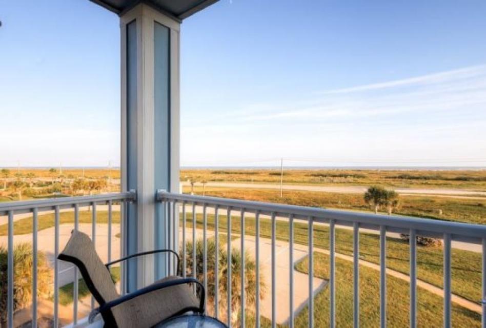 Beach Retreat - Galveston Vacation Rental - Photo 14