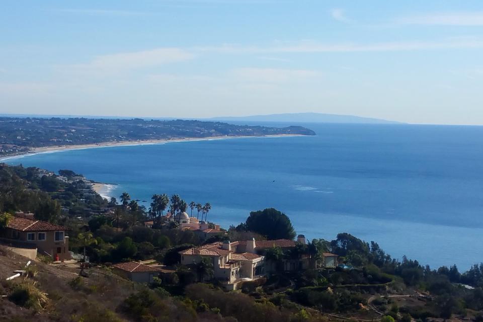 Ocean Sunsets Suite + Malibu Beachcomber Bungalow - Malibu Vacation Rental - Photo 1