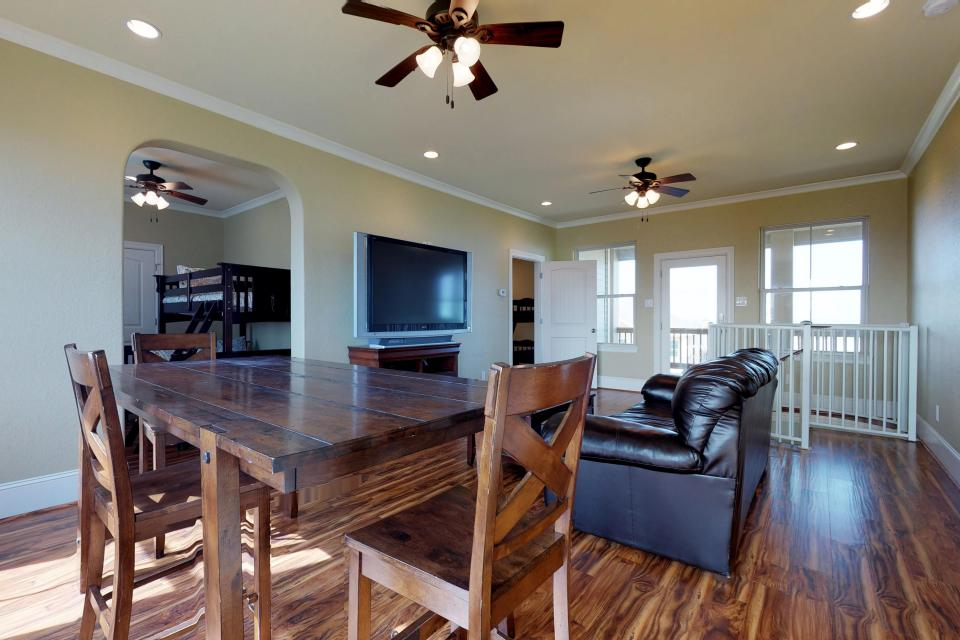 Family Tides - Galveston Vacation Rental - Photo 6