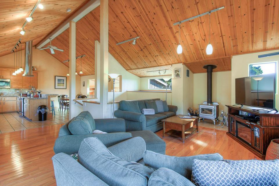 Happy Family House - Sea Ranch Vacation Rental - Photo 3