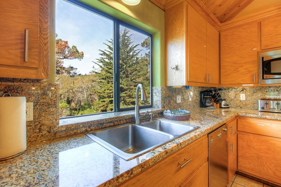Happy Family House - Sea Ranch Vacation Rental - Photo 13