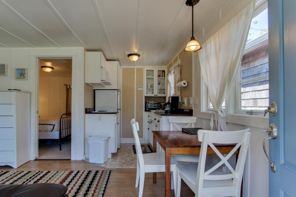 Hidden Villa Cottages #1, #2, and #3 - Cannon Beach Vacation Rental - Photo 5