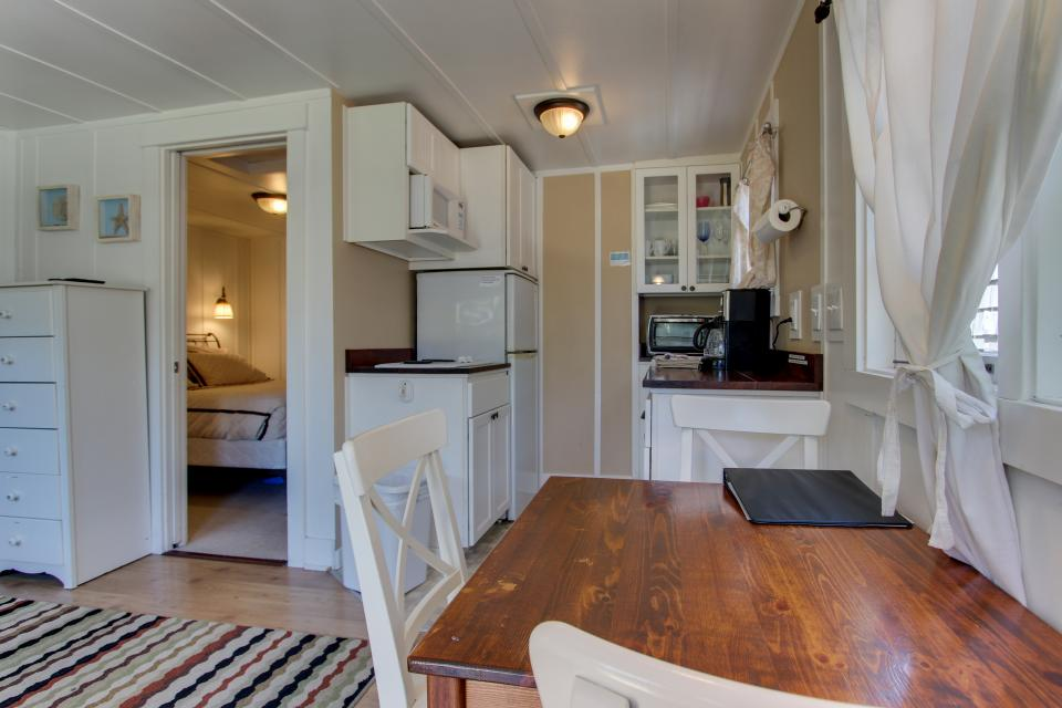 Hidden Villa Cottages #1, #2, and #3 - Cannon Beach Vacation Rental - Photo 6