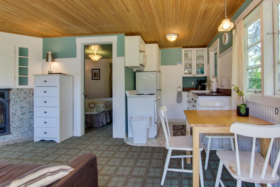 Hidden Villa Cottages #1, #2, and #3 - Cannon Beach Vacation Rental - Photo 8