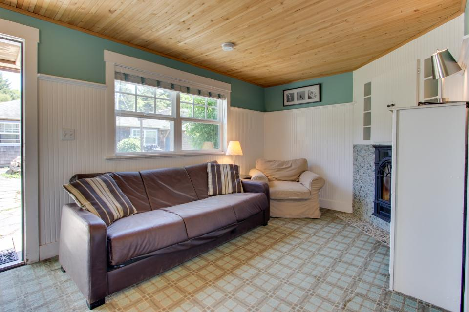 Hidden Villa Cottages #1, #2, and #3 - Cannon Beach Vacation Rental - Photo 14