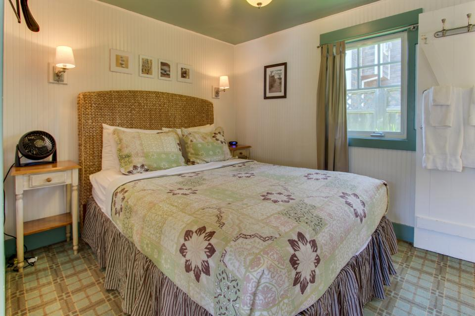 Hidden Villa Cottages #1, #2, and #3 - Cannon Beach Vacation Rental - Photo 16