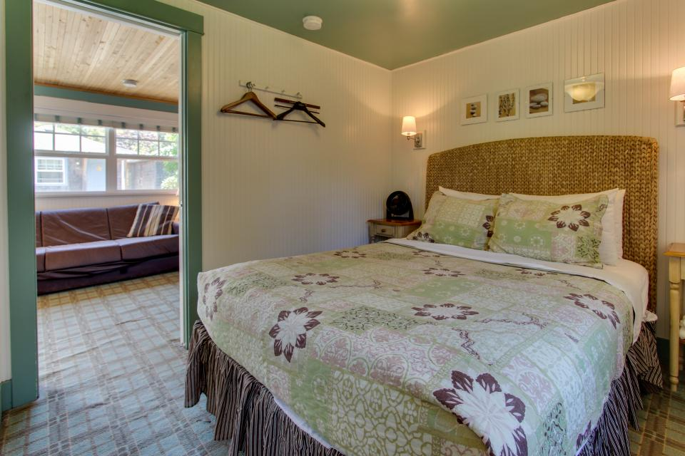 Hidden Villa Cottages #1, #2, and #3 - Cannon Beach Vacation Rental - Photo 17