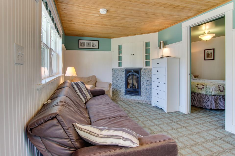Hidden Villa Cottages #1, #2, and #3 - Cannon Beach Vacation Rental - Photo 12