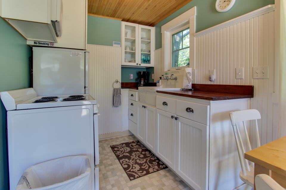 Hidden Villa Cottages #1, #2, and #3 - Cannon Beach Vacation Rental - Photo 10