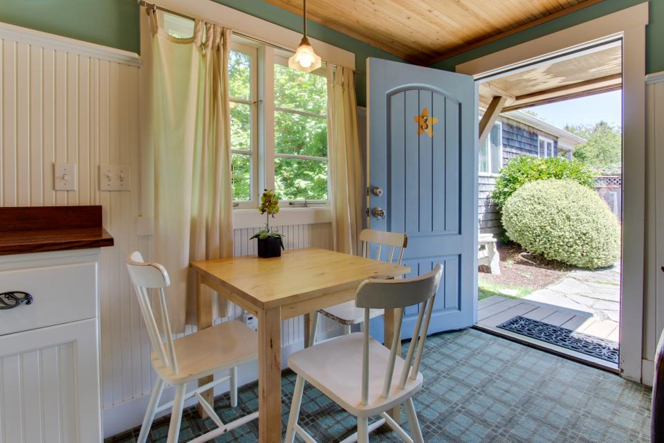 Hidden Villa Cottages #1, #2, and #3 - Cannon Beach Vacation Rental - Photo 15