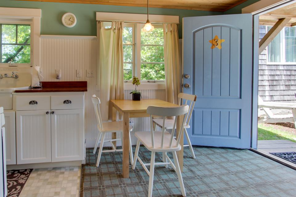 Hidden Villa Cottages #1, #2, and #3 - Cannon Beach Vacation Rental - Photo 13