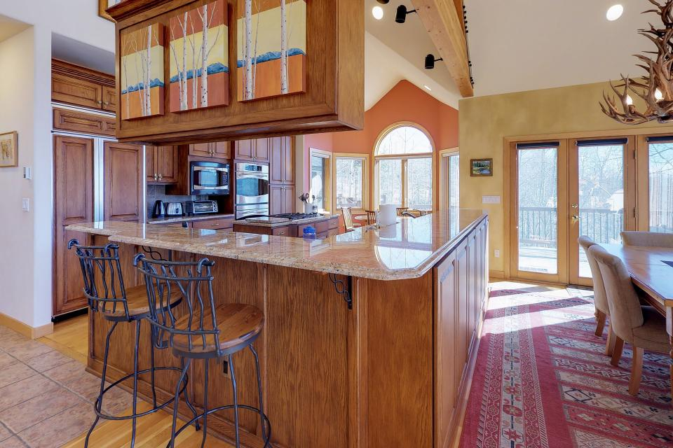 Aspen View - Silverthorne Vacation Rental - Photo 7
