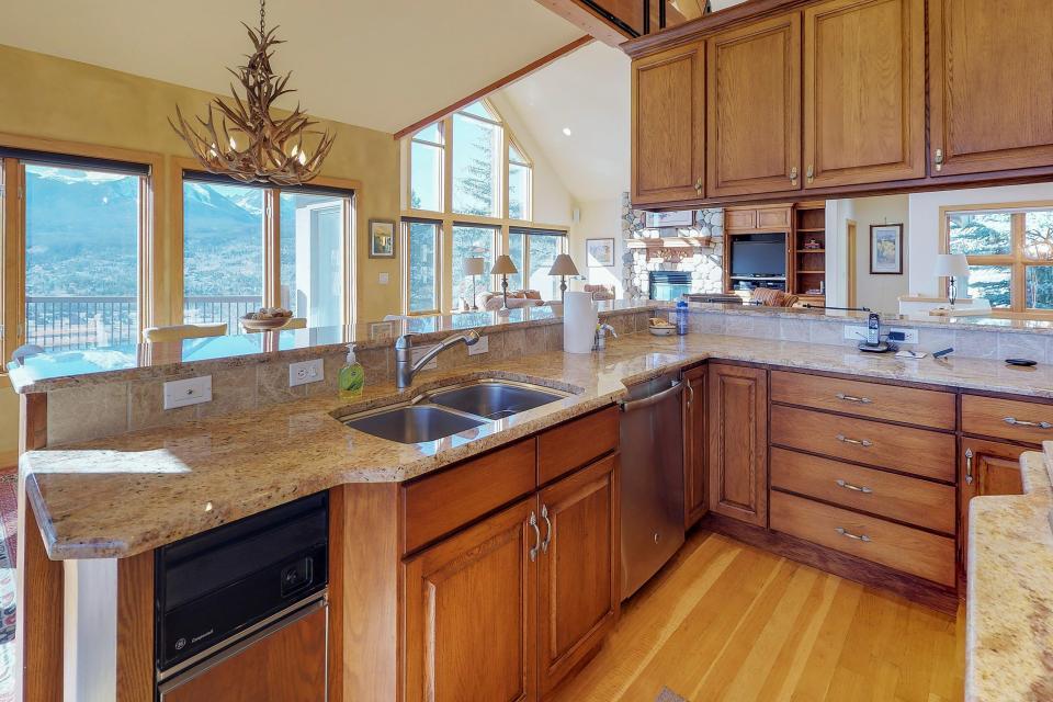 Aspen View - Silverthorne Vacation Rental - Photo 8