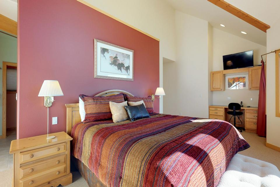 Aspen View - Silverthorne Vacation Rental - Photo 13