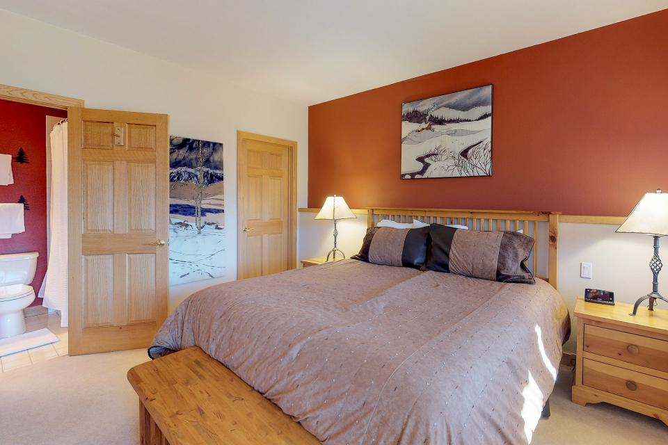Aspen View - Silverthorne Vacation Rental - Photo 18