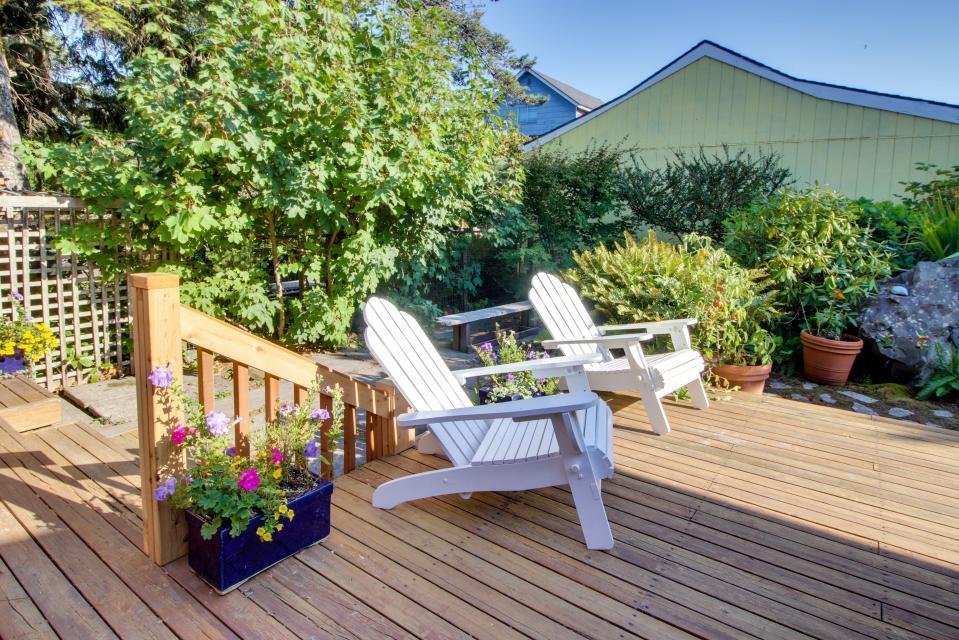 Summer House Lower Level - Seaside Vacation Rental - Photo 28