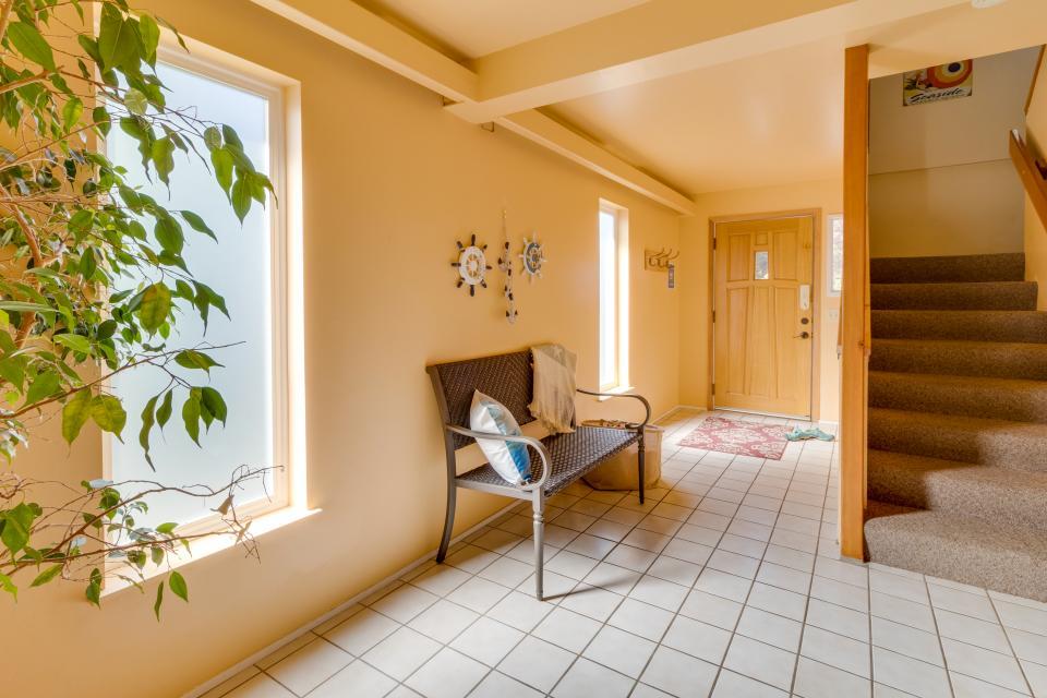 Summer House Lower Level - Seaside Vacation Rental - Photo 25