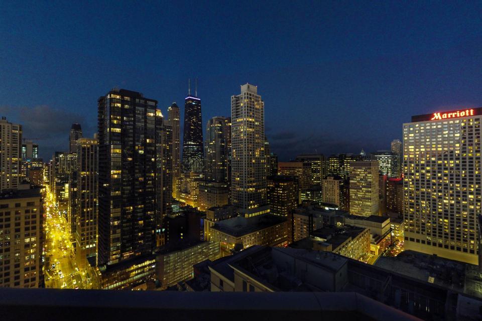 River North Retreat - Chicago Vacation Rental - Photo 36