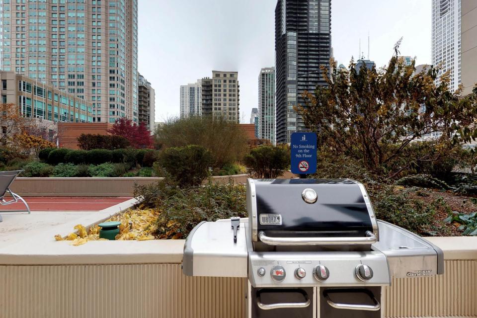 River North Retreat - Chicago Vacation Rental - Photo 43