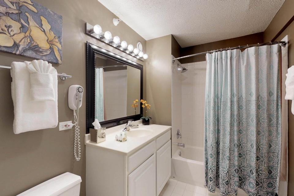 Down on State Street - Chicago Vacation Rental - Photo 12