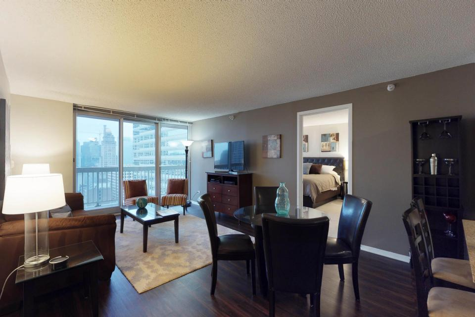 Down on State Street - Chicago Vacation Rental - Photo 28