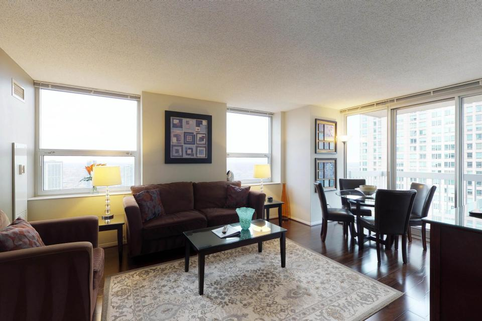 Second City Comfort - Chicago - Take a Virtual Tour
