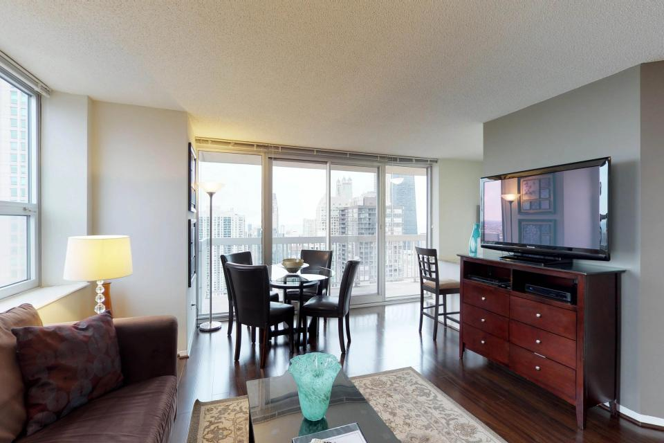 Second City Comfort - Chicago Vacation Rental - Photo 21