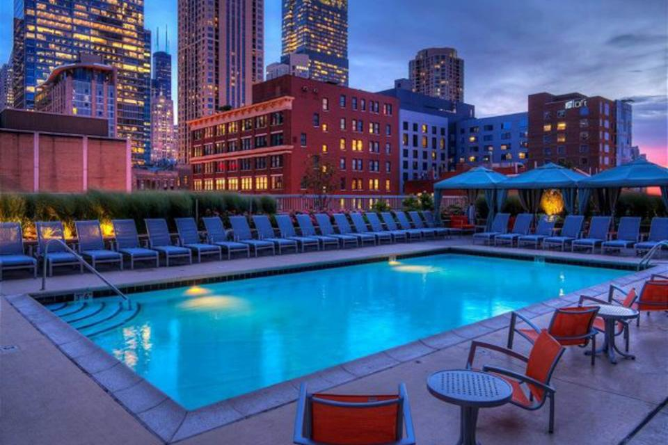Down on State Street - Chicago Vacation Rental - Photo 45