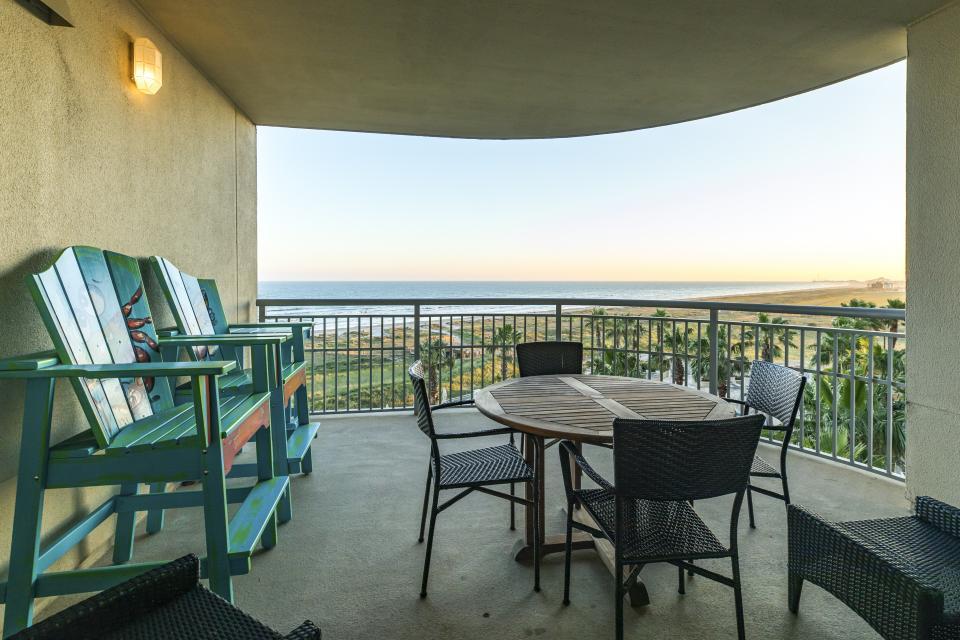 Oceanside at Palisade Palms - Galveston Vacation Rental - Photo 22
