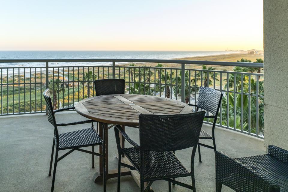 Oceanside at Palisade Palms - Galveston Vacation Rental - Photo 23