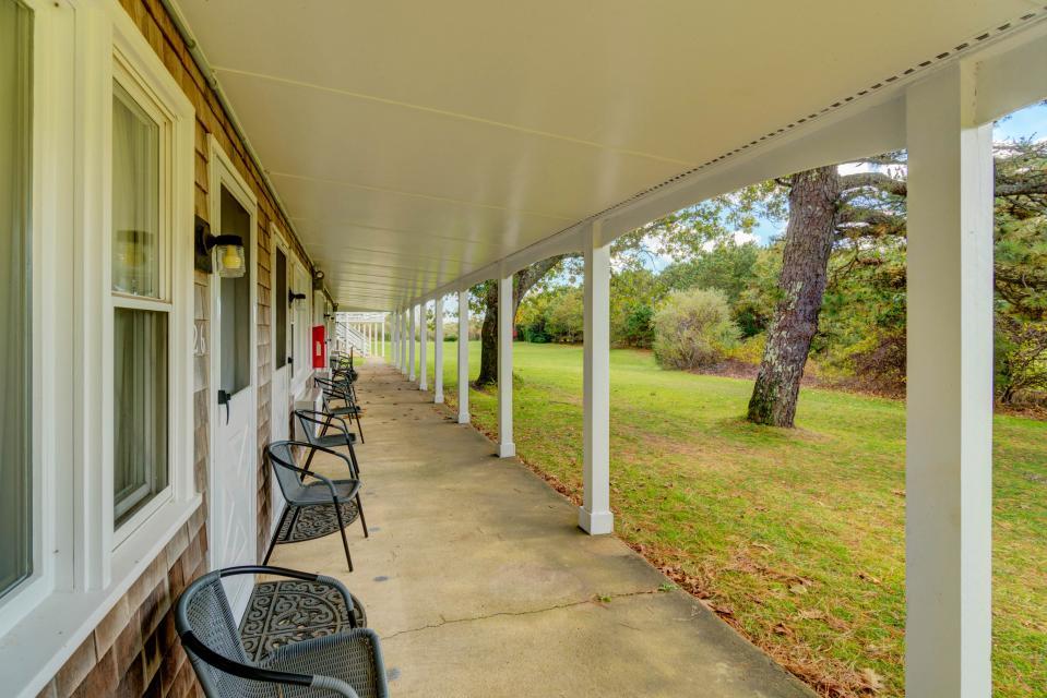 Island Inn - 46G - Oak Bluffs Vacation Rental - Photo 29
