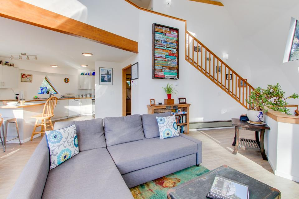 Surf Dome at Otter Rock - Otter Rock Vacation Rental - Photo 8