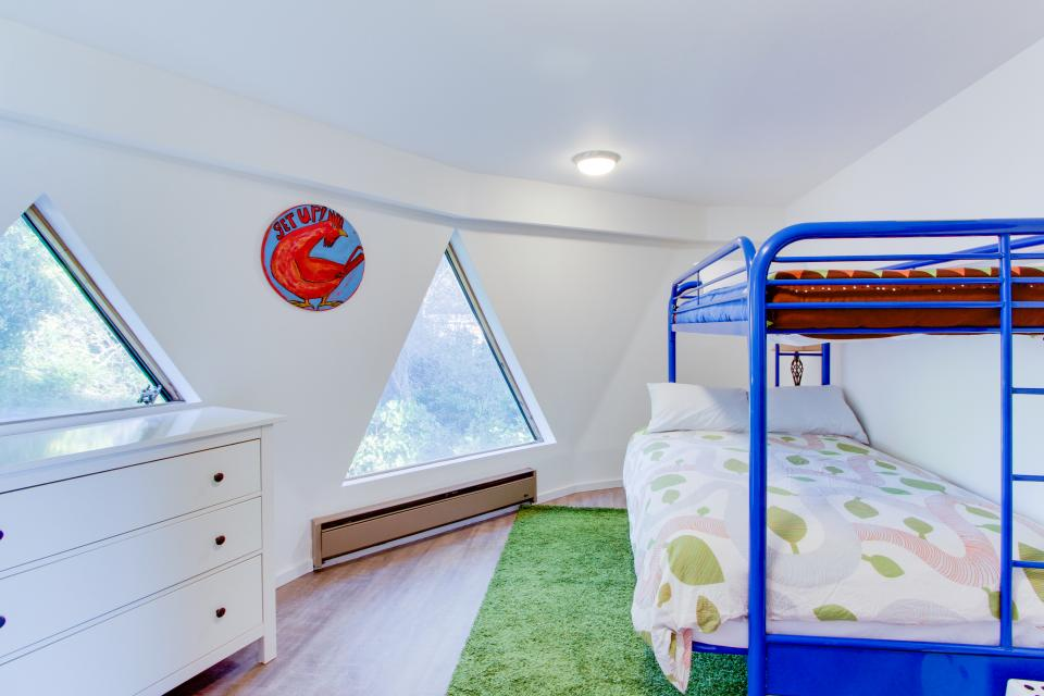 Surf Dome at Otter Rock - Otter Rock Vacation Rental - Photo 21