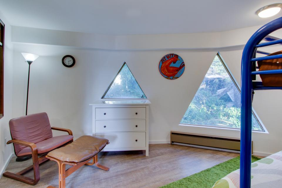 Surf Dome at Otter Rock - Otter Rock Vacation Rental - Photo 22