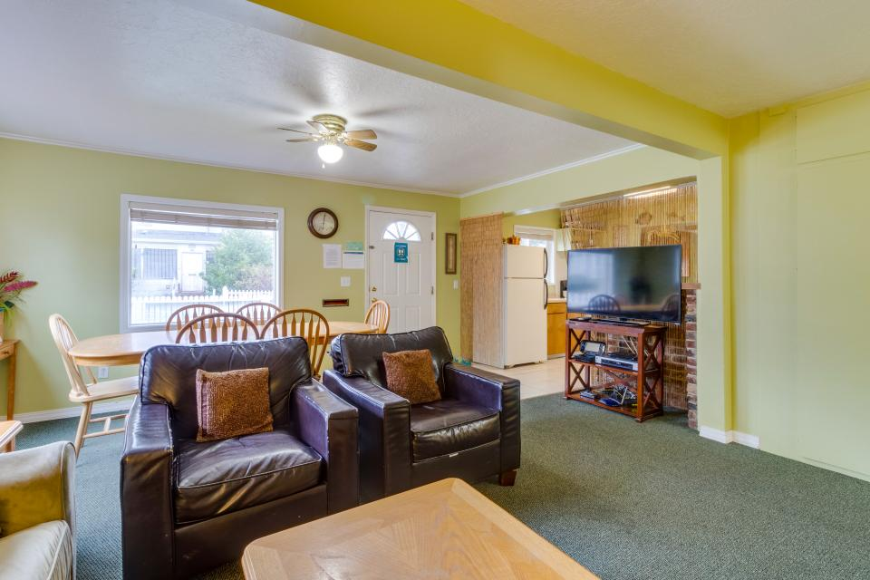 The Pearl (Main house only) - Seaside Vacation Rental - Photo 4