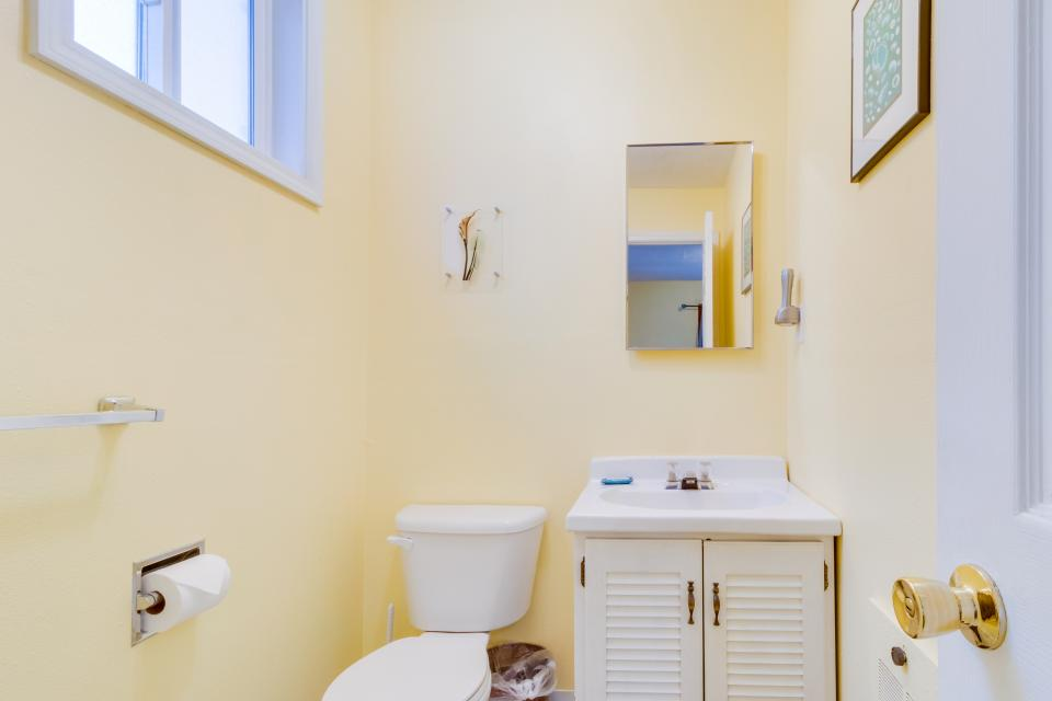 The Pearl (Main house only) - Seaside Vacation Rental - Photo 19