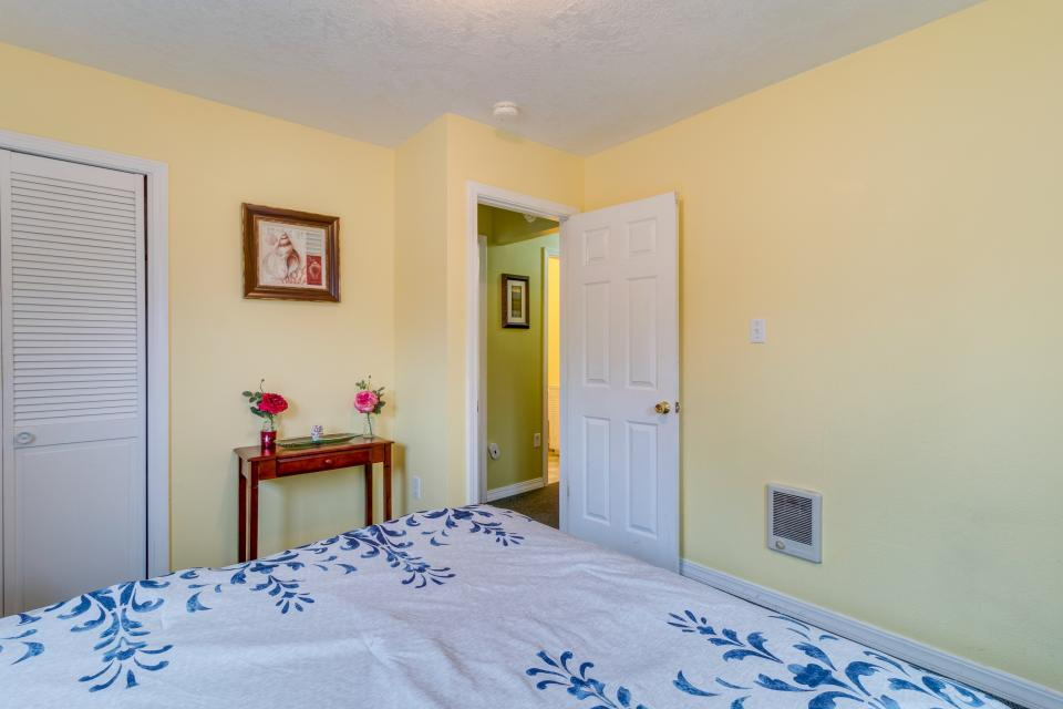 The Pearl (Main house only) - Seaside Vacation Rental - Photo 18
