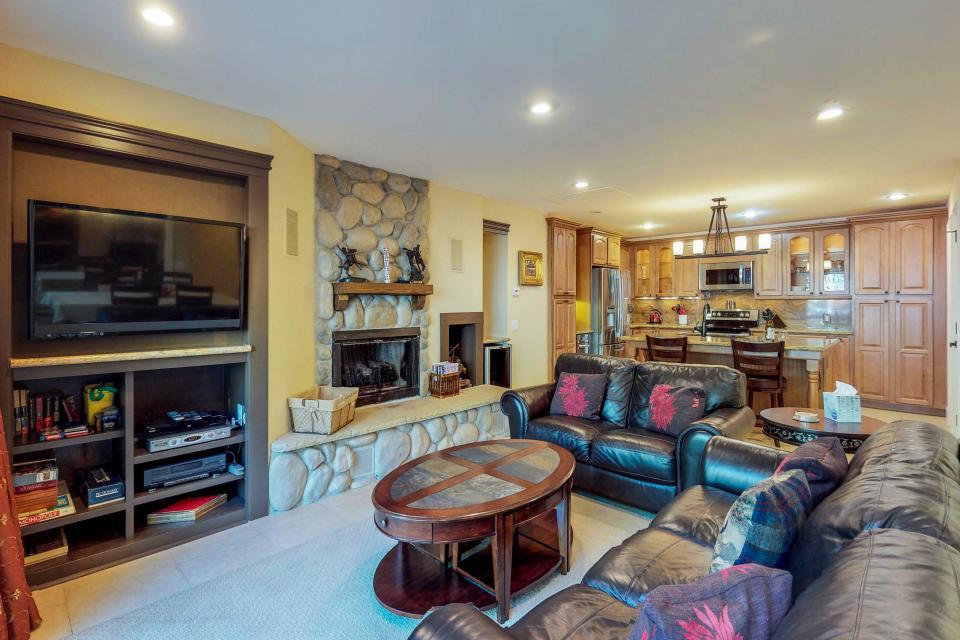 Cedars West  - Incline Village Vacation Rental - Photo 2
