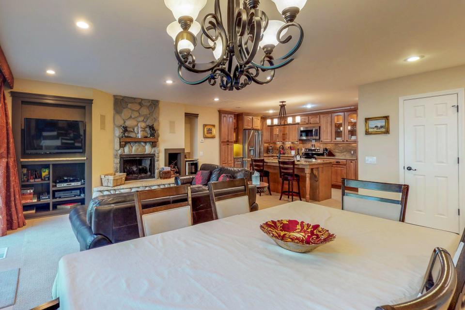 Cedars West  - Incline Village Vacation Rental - Photo 8
